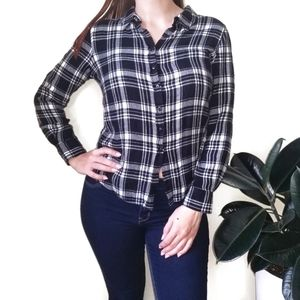 OLIVE & OAK Black/White Plaid Button Down Shirt M